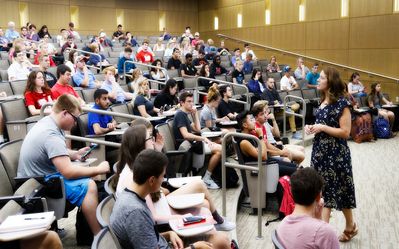 5 Brilliant Ways to Teach Your Audience about Academic